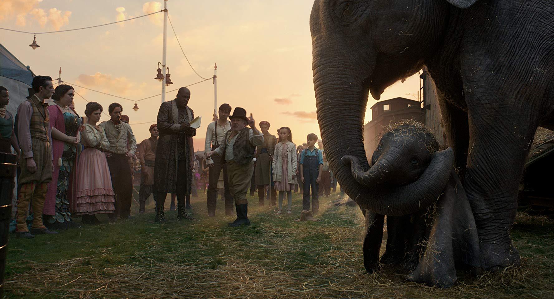 بررسی فیلم Dumbo