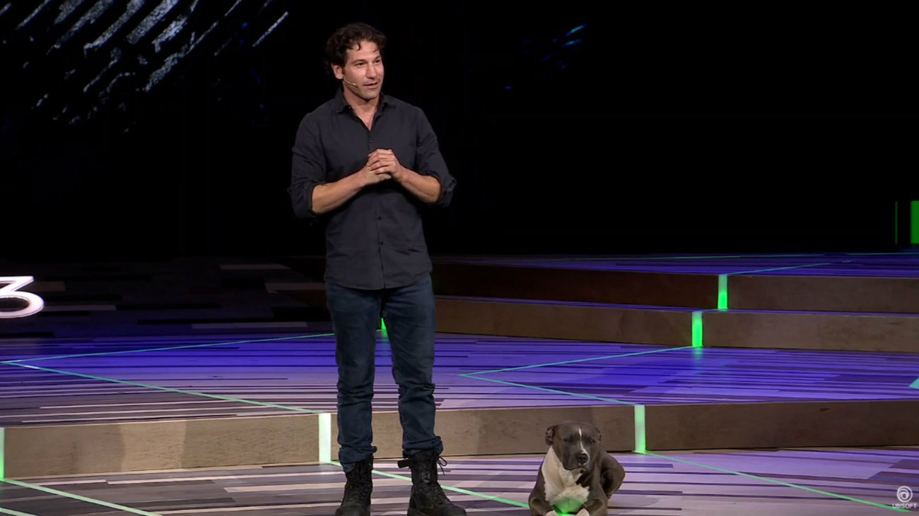 جان برنتال به همراه سگش در حال معرفی tom Clancy's Ghost Recon Breakpoint - کنفرانس E3 2019 یوبیسافت