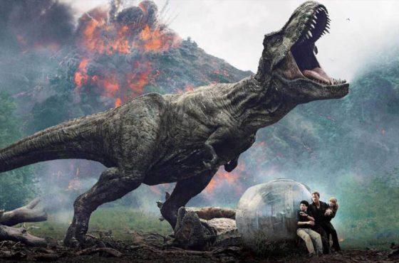 استودیوی یونیورسال شایعه توقف تولید فیلم دنیای ژوراسیک ۳ را تکذیب کرد