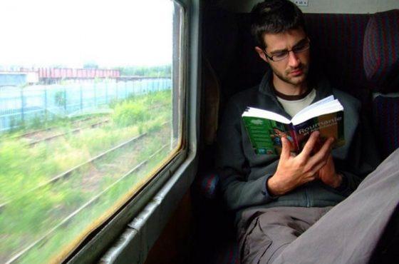 در قطار چطور سرگرم شویم؟