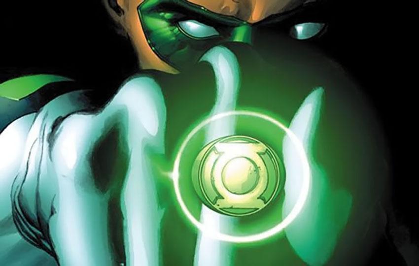 حلقه یک گرین لنترن که منبع تمام قدرتهای فیزیکیاش است