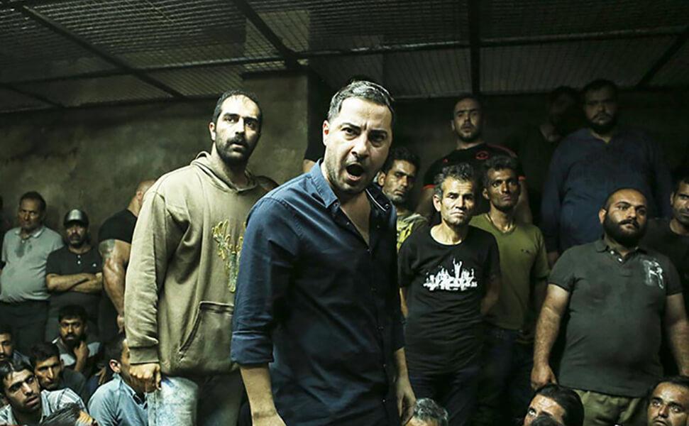 تهیهکننده متری شیش و نیم: «شک ندارم که فیلم ما از وزارت ارشاد به دست افراد شبکه قاچاق افتاده»