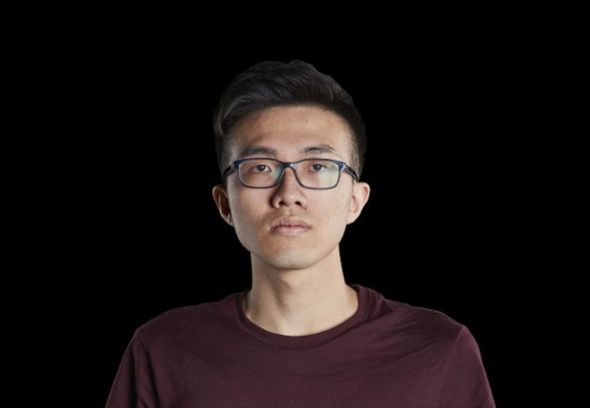 بازیکن Hearthstone به علت شعار «هنگ کنگ را آزاد کنید» از مسابقات محروم شد