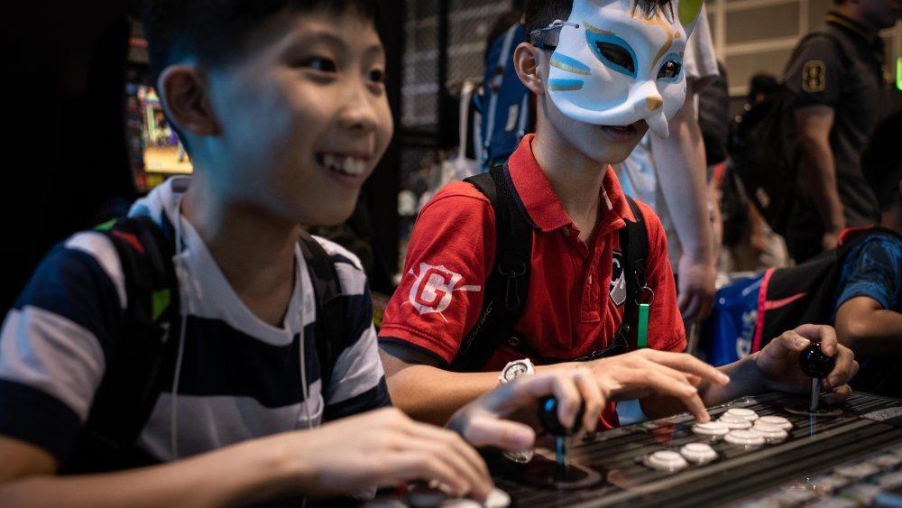 بازی کردن بعد از ۱۰ شب برای کودکان و نوجوانان چینی ممنوع شد