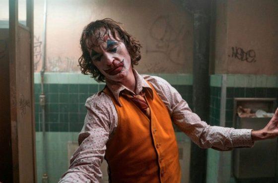 جوکر، یک زنگ خطر فرهنگی و اجتماعی – اسلاوی ژیژک از فیلم تاد فیلیپس میگوید