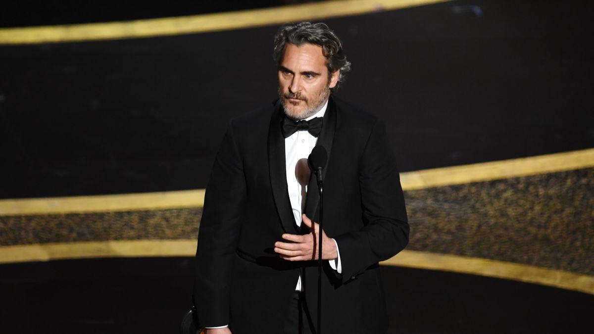 واکین فینیکس بعد از دریافت جایزه اسکار: میخواستم صدای بی صدایان باشم