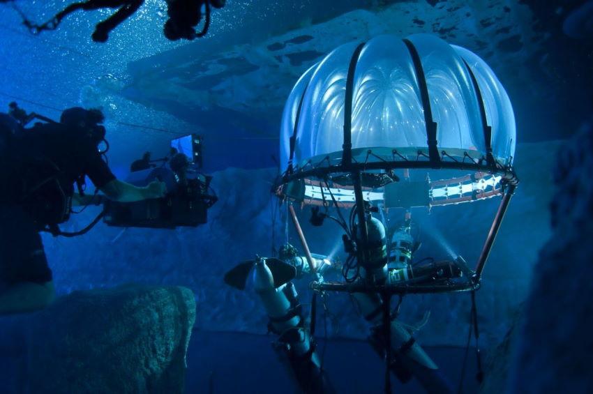 نقد فیلم Underwater