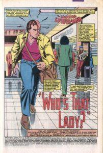 پیتر پارکر در حال رد شدن از کنار مونیکا رمبو در شماره ۱۶ کمیک The Amazing Spider-Man Annual (برای دیدن سایز کامل روی تصویر کلیک کنید)