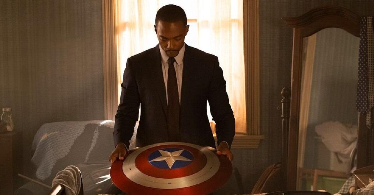آنتونی مکی از ایفای نقش کاپیتان آمریکای سیاهپوست در The Falcon & The Winter Soldier میگوید