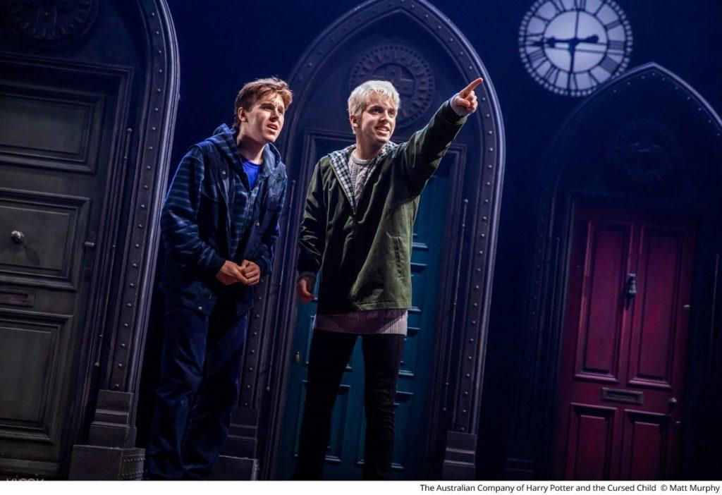 نمایش Harry Potter